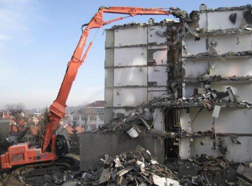 Как найти подрядчика по сносу здания?