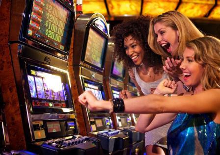 Играть в бесплатные автоматы на игровом портале Азино